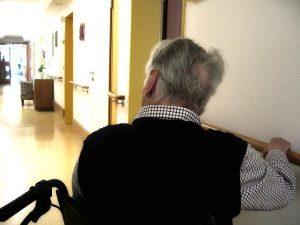 live-in care for dementia patients